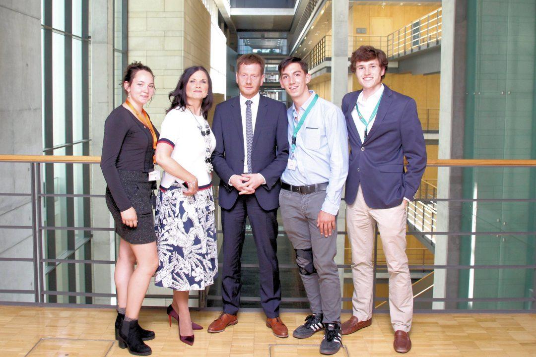 Amerikanische Austauschschüler aus dem Landkreis Leer in Berlin